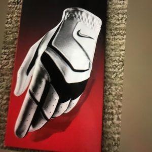Nike Gold Glove Men's iNew in Box was $12.00 .